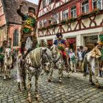 """""""Die gerettete Stadt"""", historischer Heereszug in Rothenburg o.d.T."""