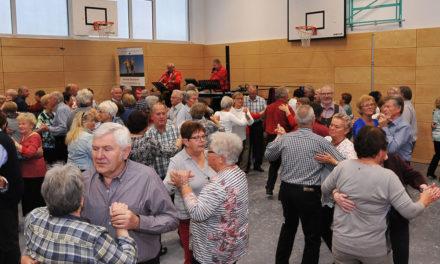 Club55plus mit Tanztee zu Gast in Burgoberbach