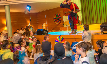 Kinderfasching am Rosenmontag, Faschingsumzug und Party